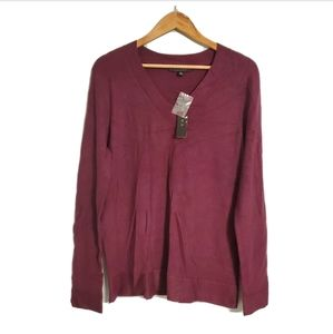 NWT Cyrus V Neck Yummi Yarn Sweater Burgundy